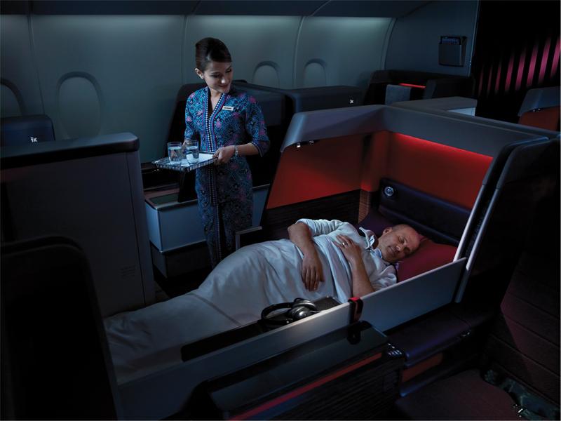 tidur-di-pesawat